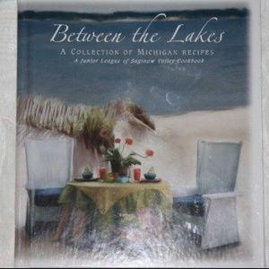 Between the Lakes Michigan Cookbook